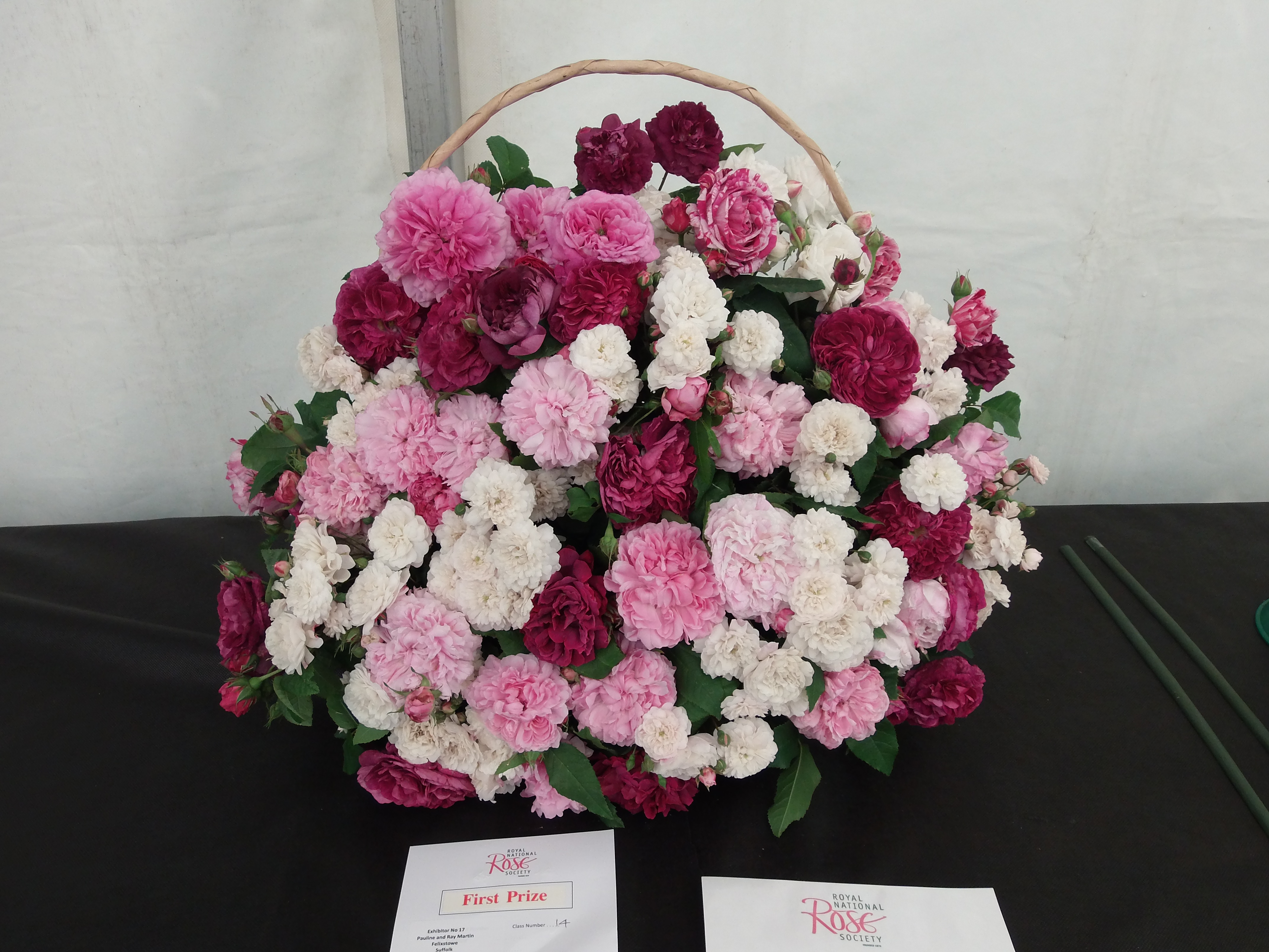 St_Albans_Show_2013/Pauline_andRay_Old_Garden_Basket_St_Albans.JPG